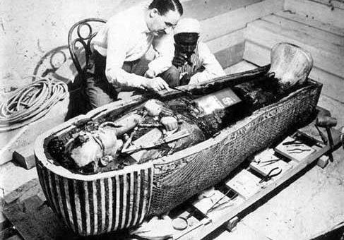 Howard Carter – o arqueólogo